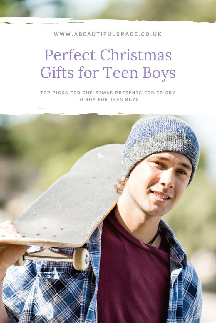 Christmas Gift Ideas for a Teen Boy - 10 awesome ideas for Christmas present for teenage boys #teensgiftlist #christmasgifts #Christmasgiftsteens