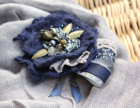 Felt Flower Brooch Pin  Navy Blue Flower от LovekaHandmade на Etsy, $30.00