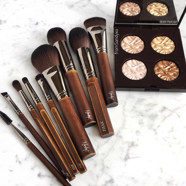 Look! Our #BareNecessitiesCollection is ready to GLAM your Thursday look.  #Nanshy #Nanshybrushes