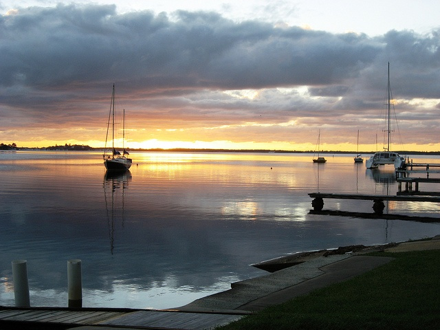 Fire in the sky at Lake Macquarie. Photo courtesy of Dr. Ulrich Orda.