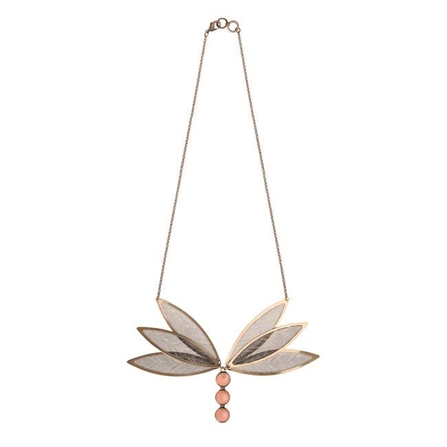 La collana libellula di Virginie Mahé