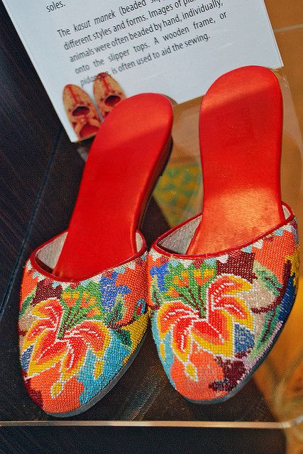 #LivingLifeInFullBloom Kasut Manek by chooyutshing, Peranakan beaded slippers