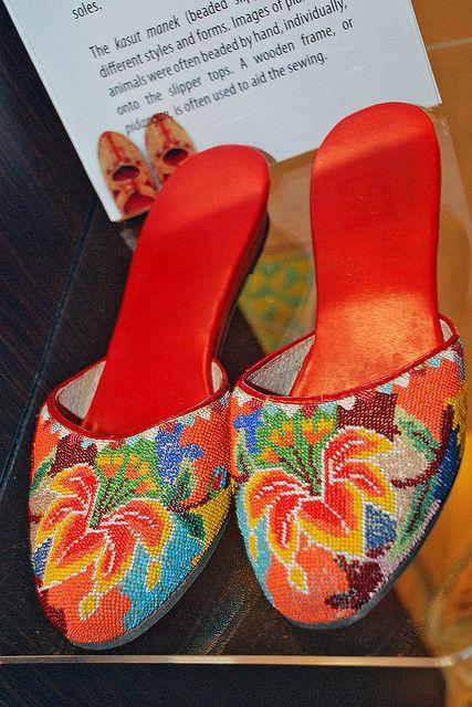 #LivingLifeInFullBloom Kasut Manek by chooyutshing, Peranakan beaded slippers