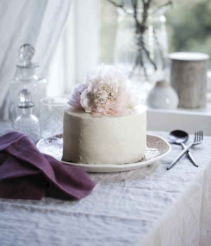 A.U Maison AW17. #aumaison #interior #homedecor #styling #danishdesign #kitchen #linen #cake #food #tablecloth #tablesetting