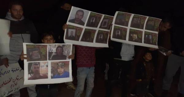 درعا لا تهدأ احتجاجات جديدة ضد الأسد واغتيالات غامضة صور Electronic Products Polaroid Film