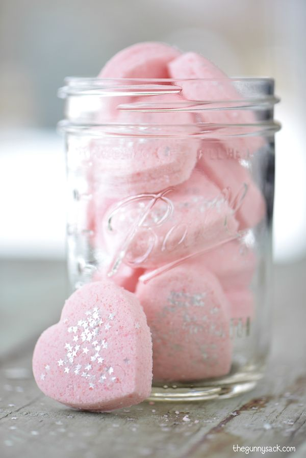 Great tutorial for how to make bath bombs. This DIY Bath Bombs recipe makes adorable bath fizzies with star shaped sprinkles!