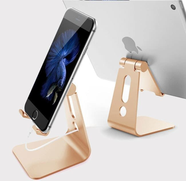 """Promising Review: """"This is a very nice stand for my iPhone 6. The angle of the stand can be easily adjusted to your preferred angle. Plus, there is a hefty weight in the angle adjustment, so I have confidence it won't go slack or loosen over time!"""" —J. Huie Get it from Amazon for $12.88 (available in six colors)."""
