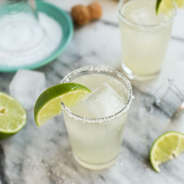 The recipe for these Prosecco Margaritas is in big-batch cocktail form, perfect for entertaining. And you just have to love the bubbles!