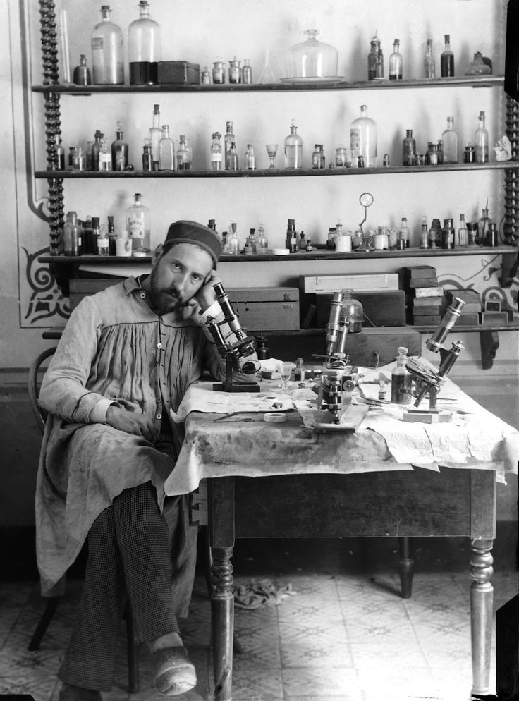 santiago ramon y cajal famous essay The breakthrough drawings of santiago ramón y cajal are undeniable as art catalog's publisher), who contribute a riveting essay detailing cajal's artistic.