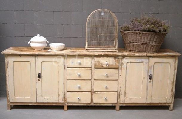Prachtig dressoir met uniek oud patine: sfeermaker in elk huis! Uniek oud brocante dressoir/ ladenkast te koop bij www.old-basics.nl  Ook leuk in slaapkamer of op kantoor!