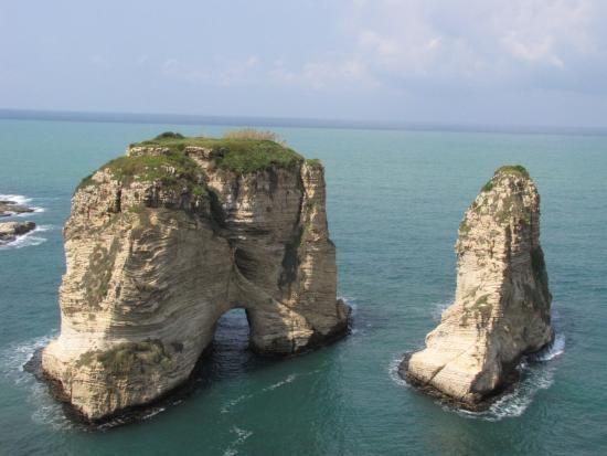 Pigeon Rocks in Raouche (Beirut - Libano)