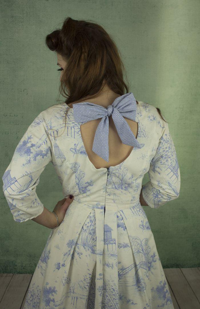 'China Doll' Willow Pattern bow back dress.