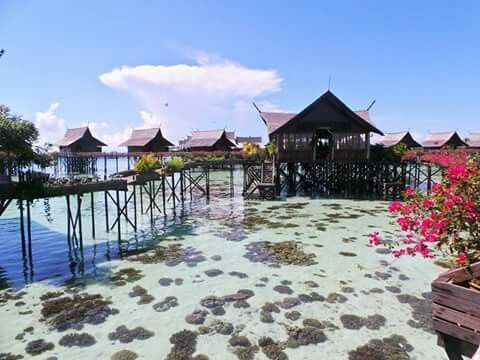 At Kapalai resort,east Sabah, Borneo