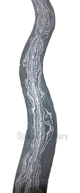 Pamor or pattern in Old Java Kris strip. Named pamor Rambut Daradah.