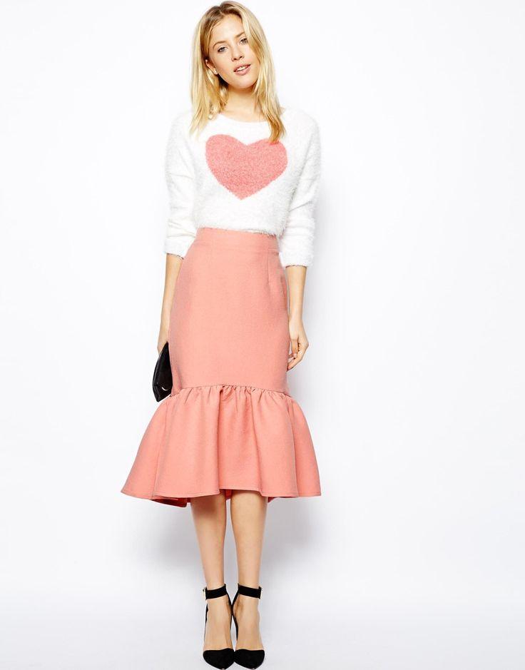 { Peplum Hem Pencil Skirt in Texture }