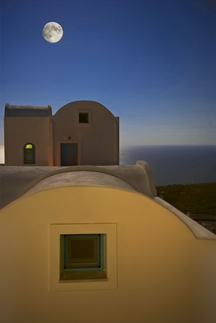 KALESTESIA SUITES Charming Guest House #Santorini  #Cyclades #Greece #GuestInn