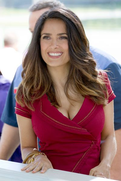 Salma Hayek ombre hair color                                                                                                                                                                                 Plus