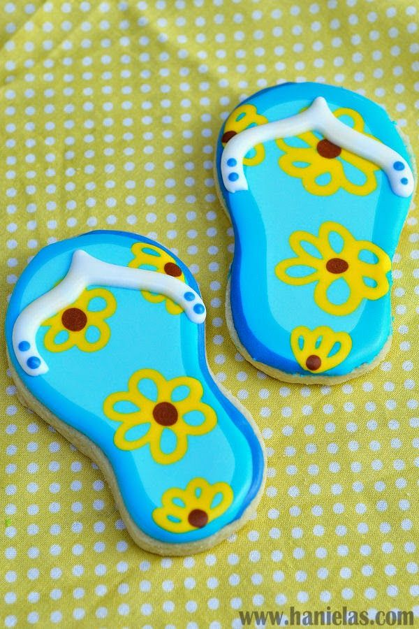 Haniela's: Pretty Flip Flop Cookies with Wet on Wet Royal Icing Technique
