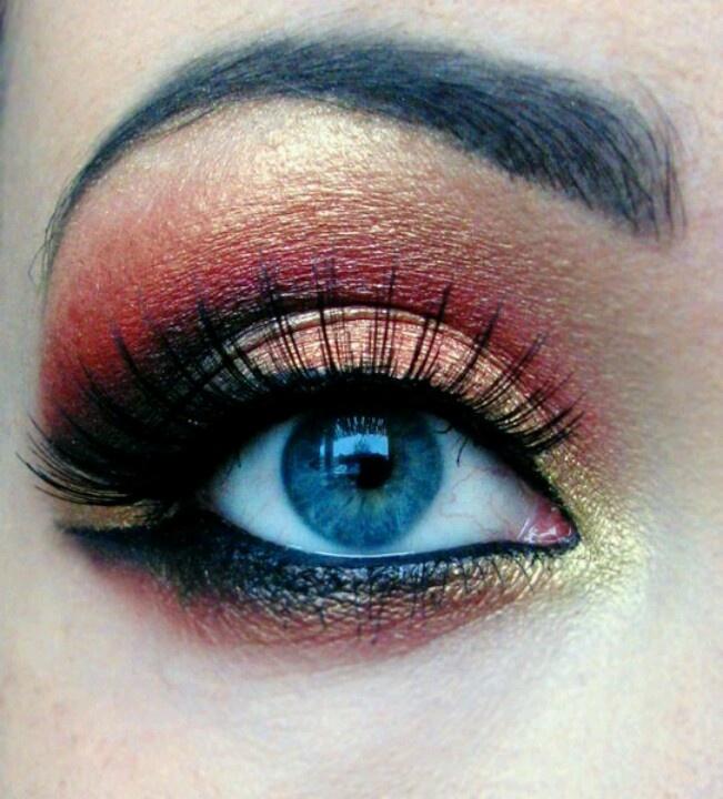 Round eyeBeautiful Makeup, Makeup Mania, Makeup Artistry, Eye Makeup, Firebird Eye, Makeup Tricks, Beautiful Stuff, Makeup Ideas, Glamorous Makeup
