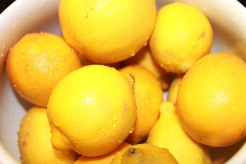 Hot Lemon Diuretic! This flushes all of the impurities out of the system fast; it is perfect for before you are about to put on a teeny-weeny bikini