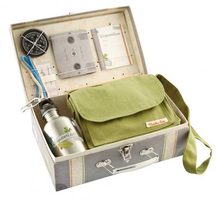 Moulin Roty - Explorer's Case. My little explorer would love this set to take on his adventures around the garden #EntropyWishList #PinToWin
