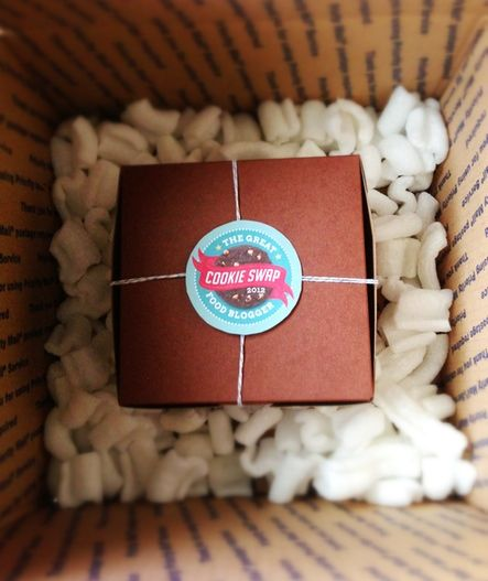 Packaging and Shipping your Cookies for the Food Blogger Cookie Swap