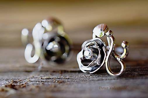 strieborné napichovacie náušnice / rose earrings
