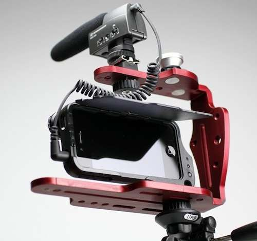 The DiffCage iPhone Rig Makes Your Selfies Pro Portraits #mostamazinggadgets #techgadgets trendhunter.com