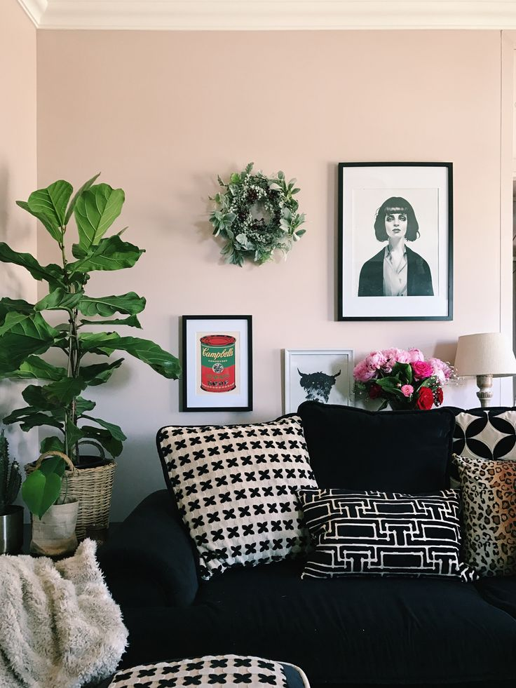 I was asked to be part of the Winter Eclectic home tour by the ever so kind Jess Rey from Domicile37, along with a whole selection of wonderful bloggers.  If you are coming here…