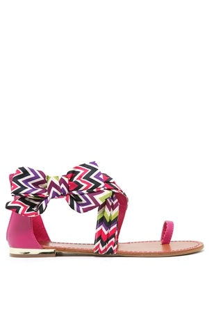 Want these(:: Bow Sandals, Chevron Sandals, Summer Shoes, Chevron Chevron, Satin Bows, Chevron Bows, Bows Sandals, Chevron Shoes, Cute Sandals