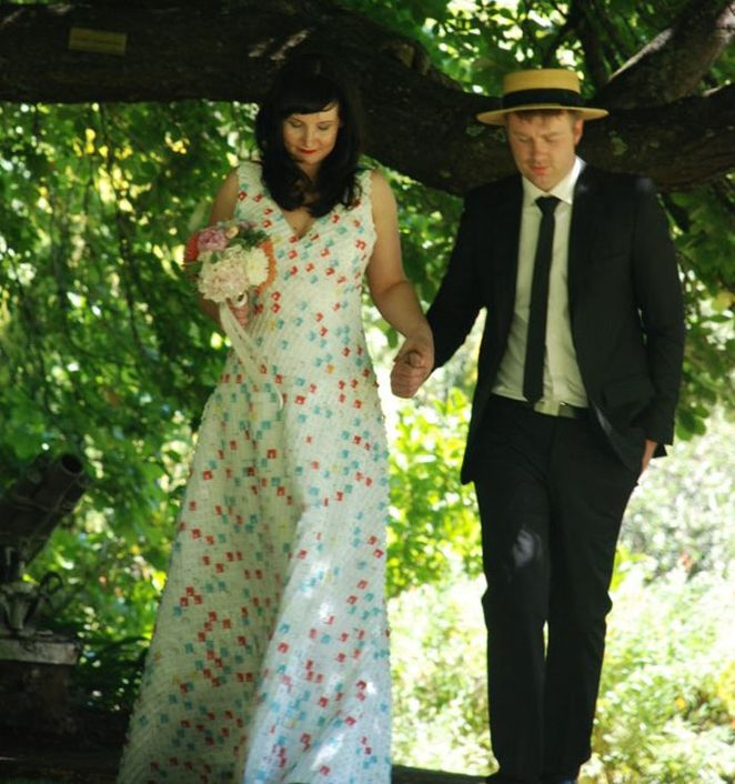 Wedding dress made from recycled bread bag clips! Gloucestershire Resource Centre http://www.grcltd.org/scrapstore/