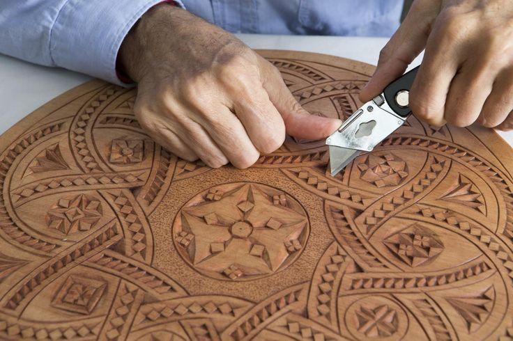 Fries houtsnijwerk - zoals opa het ook deed /Frisian woodcarving The Netherlands