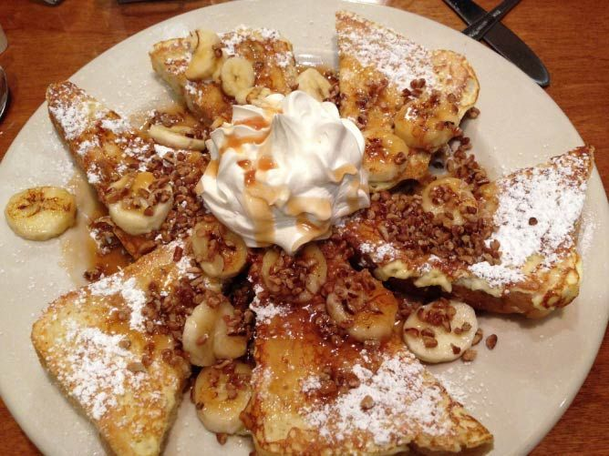 Bananas Foster French Toast | © Navin75/Flickr