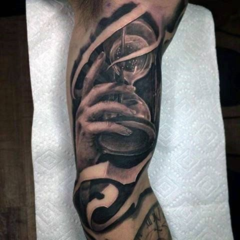 31 best sand clock tattoo images on pinterest clock tattoos watch tattoos and design tattoos. Black Bedroom Furniture Sets. Home Design Ideas