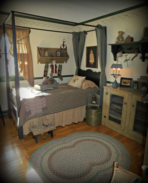 17 best images about primitive colonial bedrooms on for Casual master bedroom ideas