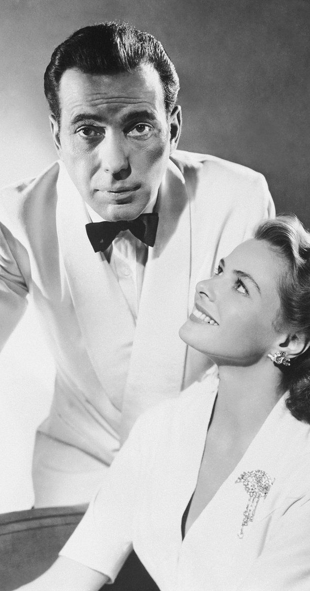 Casablanca (1942) photos, including production stills, premiere photos and other event photos, publicity photos, behind-the-scenes, and more.