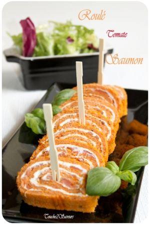 Roulé à la tomate, saumon et fromage frais