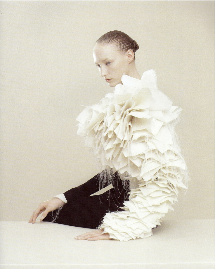 viktor and rolf manipulation of fabric  Just ordered a few Fabric manipulation…