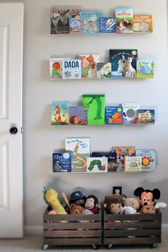 Lindsey from Simplicity Reclaimed Professional Organizing shares 10 creative ways to organize children's books in the playroom