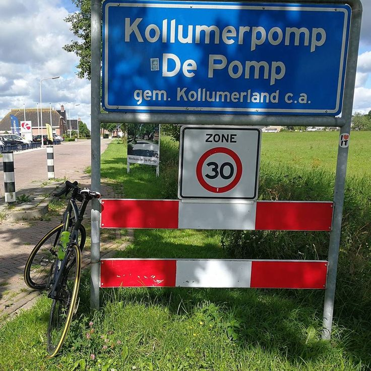 #Vanochtend heb ik een stukje gefietst met niemand minder dan @arjuna9121976  We kwamen o.a. door #Winsum #Houwerzijl #Zoutkamp en het mooie #Kollumerpomp zoals je op de foto kunt zien... Mijn #fiets en ik waren er al vaker geweest maar niet samen met Arjuna erbij... Daarna gingen we terug via Lauwersoog en had ik bij thuiskomst 125 km op de teller staan met ruim 30 km per uur gemiddeld. Netjes toch ?! #wielrennen #cycling #sporten #strava #dinsdag Bekijk ook een de website van Tjerk…