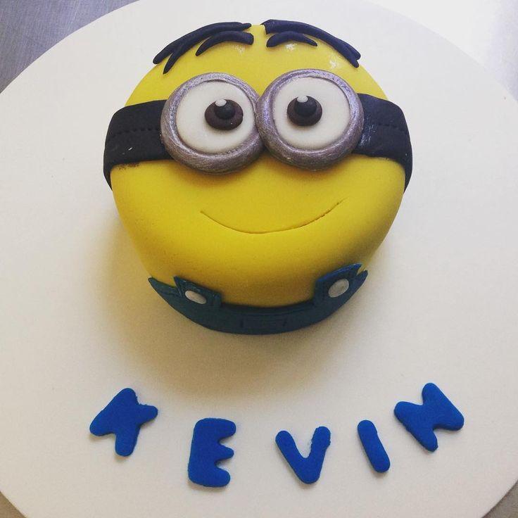 """Mas Minions! #Minions #despicableme #kevin #fondat #fondart #cakebox #cakeboxgdl #pasteleria #bakery #mexico #gdl #guadalajara #jalisico"""
