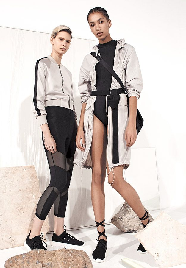 EDITORIAL - Sport collection - Ohanami - Spring Summer 2017 trends in women fashion at Oysho online. Find lingerie, pyjamas, slippers, nighties, gowns, fluffy, maternity, sportswear, shoes, accessories, body shapers, beachwear and swimsuits & bikinis.