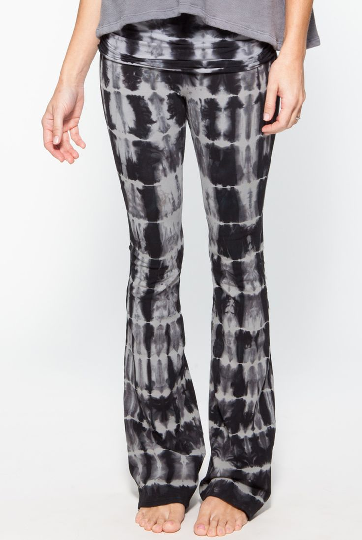 2019 year look- Tipsclass Fashion to night out palazzo pants