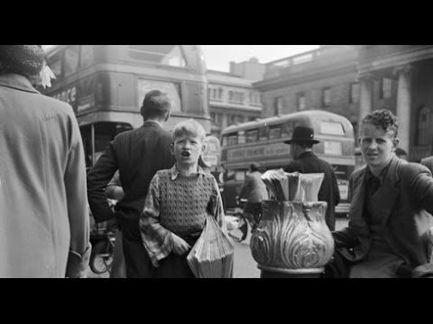 A ,wander round Dublin between the years 1940 to 2012