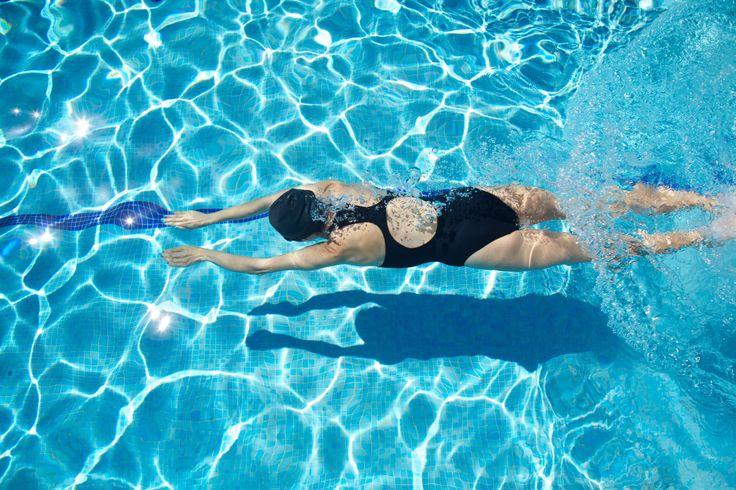 Ismael Plascencia recomienda la natación porque  trae grandes beneficios como la recreación, que es una buena manera de relajarse, mientras se disfruta de un ejercicio completo.
