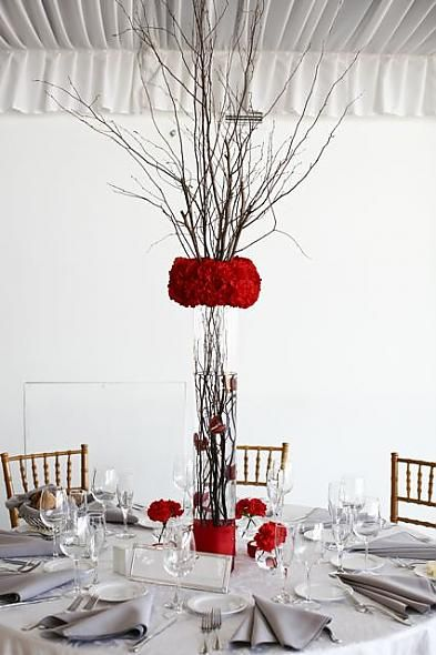 67 best victoria wedding images on pinterest red wedding for Black table centrepieces