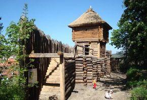 Kudy z nudy - Archeopark Netolice - vstupte do raného středověku v hradišti Na Jánu