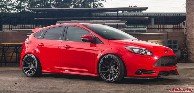 2013 Ford Focus ST - Vivid Racing SEMA Project Car. Hwy miles, widebody, carbon fiber, kw coilovers, brembo brakes, 19x10 wheels, Cobb Tuning, Agency Power performance parts, recaro seats, super fast $20k in mods. Time for our next Project. Never Tracked. All history and dyno charts on our site vividracing dot com Title in hand, car in Gilbert, AZ, no tax, all stock parts and stock wheels/tires included. Mod List Exterior Widebody Fenders Carbon Fiber Front Carbon Fiber 3 piece Spoiler…