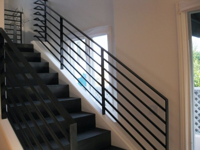 Perfect Modern Stair Railing - http://interior.zerohouruk.com/perfect-modern-stair-railing/ : #Interior If you live in a loft, a large house or a small two levels obviously can choose the type of railing and stairs that you want in your home. Espaciohogar you speak now of modern stair railing, ladders transparent combined with metal or wood that seems to float. Stairs of all types of concrete with...