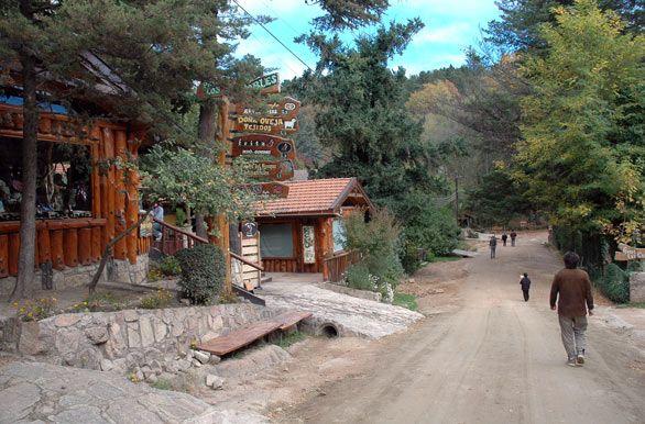 Tranquilas calles de La Cumbrecita, Valle de Calamuchita, Córdoba, AR